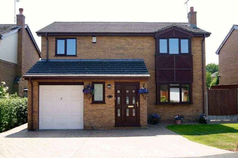 4 Bedrooms Detached House for sale in Ffordd Ystrad, Wrexham