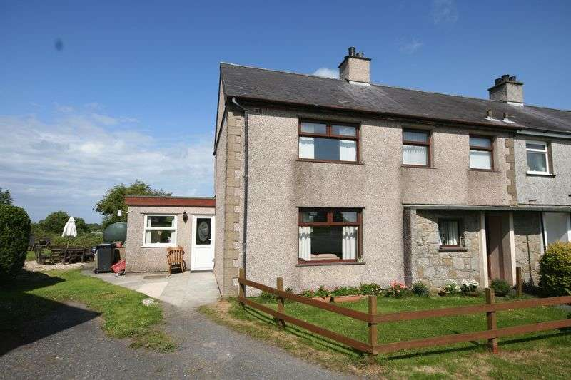 3 Bedrooms Semi Detached House for sale in Brynteg, Anglesey