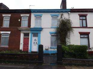 3 Bedrooms Terraced House for sale in Manchester Road, Bolton, Greater Manchester, BL3
