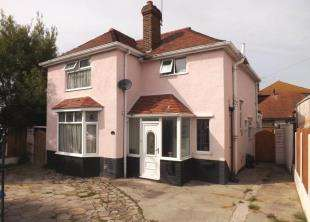 3 Bedrooms Detached House for sale in Victoria Road, Prestatyn, Denbighshire, LL19