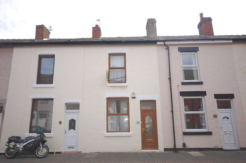 2 Bedrooms Terraced House for sale in Cross Street, Blackpool