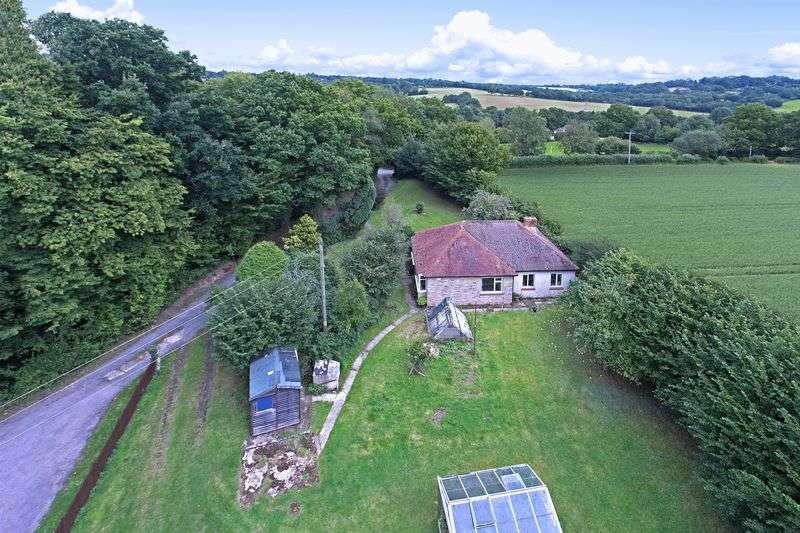 2 Bedrooms Detached Bungalow for sale in Butcherfield Lane, Rural Hartfield, East Sussex