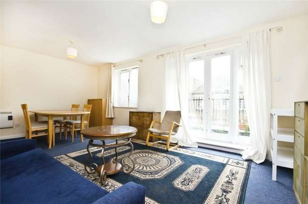 2 Bedrooms Flat for sale in Coopers Court, Church Road, Acton