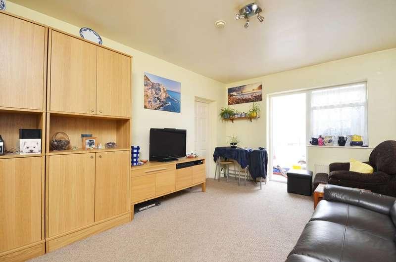 1 Bedroom Maisonette Flat for sale in Alexandra Drive, Berrylands, KT5