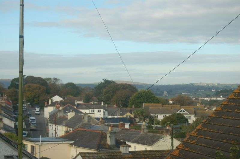 2 Bedrooms Semi Detached Bungalow for sale in Trevassack Court, Hayle