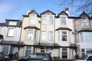 5 Bedrooms Terraced House for sale in North Road, Carnforth, Lancashire, LA5