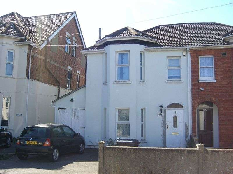 5 Bedrooms Semi Detached House for rent in Stewart Road, Bournemouth