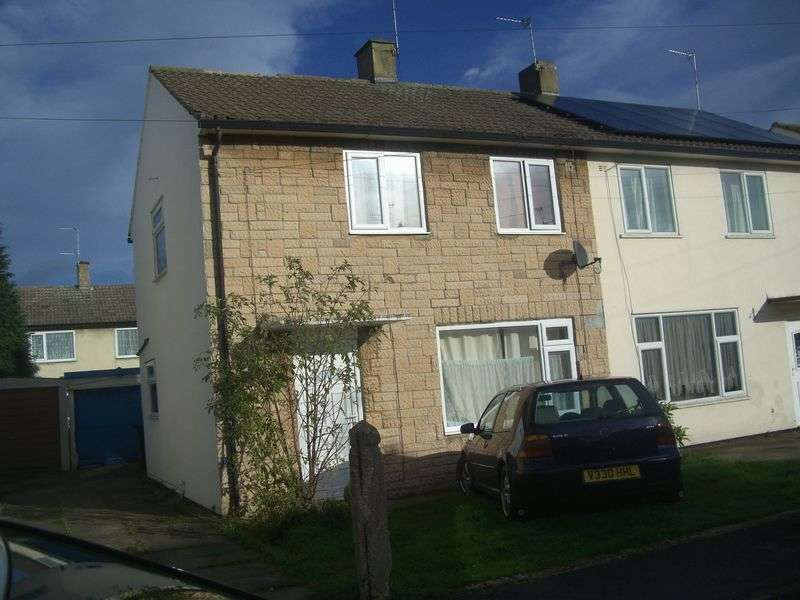 3 Bedrooms Semi Detached House for sale in Milton Grove, Doncaster
