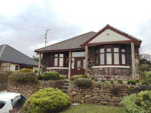 3 Bedrooms Bungalow for sale in Liverpool Road East, Church Lawton, Stoke-on-Trent, Cheshire