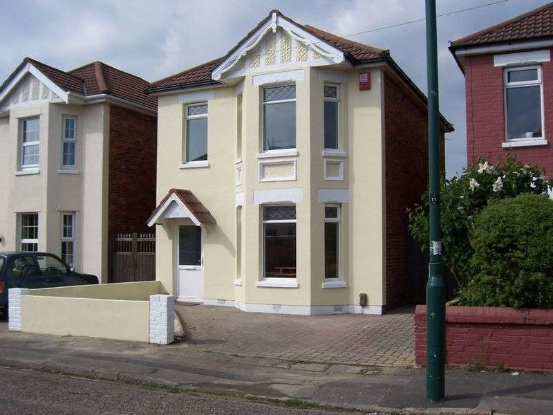 6 Bedrooms House for rent in 6 bedroom student property Capstone Road, Bournemouth