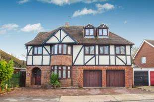 6 Bedrooms Detached House for sale in St. Stephens Road, Canterbury, Kent, Canterbury