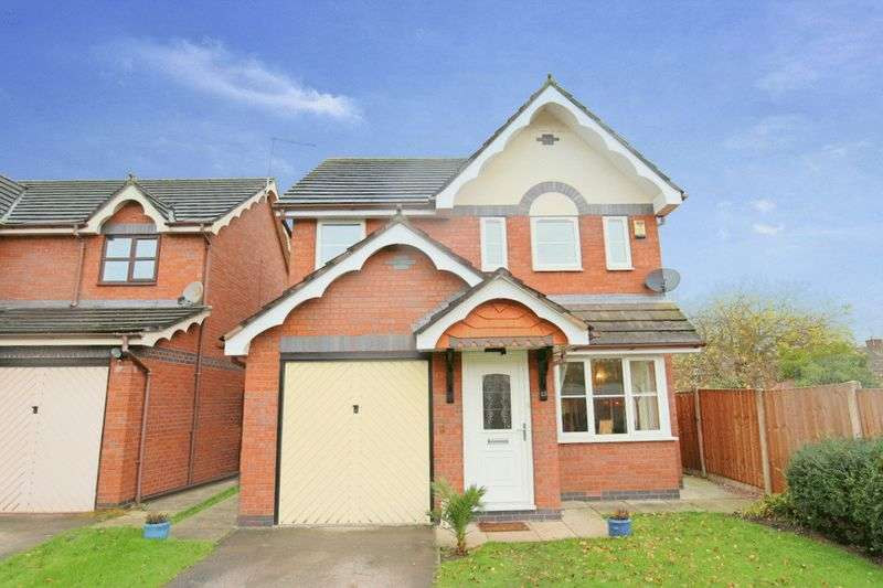3 Bedrooms Detached House for sale in The Orchards, Shavington