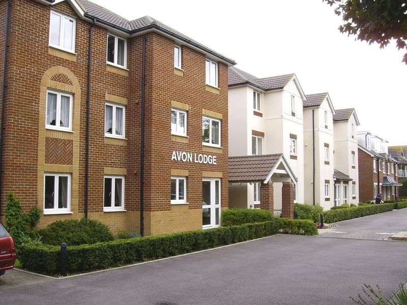 1 Bedroom Retirement Property for sale in Avon Lodge, Bournemouth, BH6 5FD
