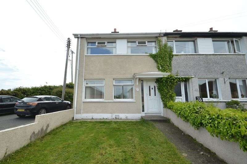 3 Bedrooms Terraced House for sale in 31 Mourne Crescent, Moneyreagh, BT23 6BG