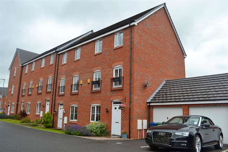 4 Bedrooms Town House for sale in Felton Close, Stafford
