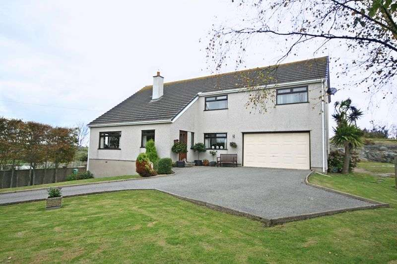 5 Bedrooms Detached House for sale in Caergeiliog, Anglesey