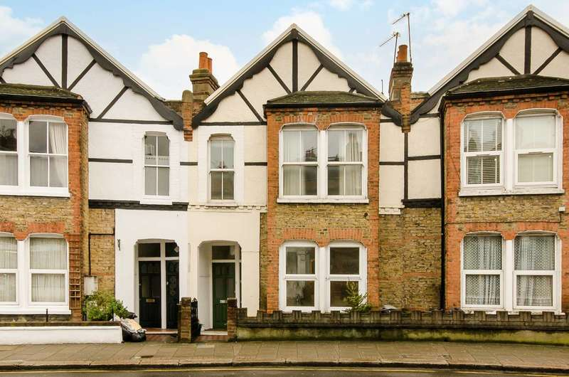 2 Bedrooms Maisonette Flat for sale in Replingham Road, Southfields, SW18