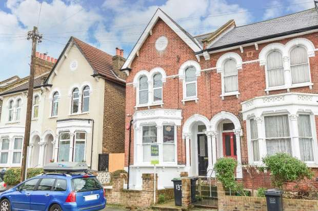 1 Bedroom Flat for sale in Algernon Road, Ladywell, SE13