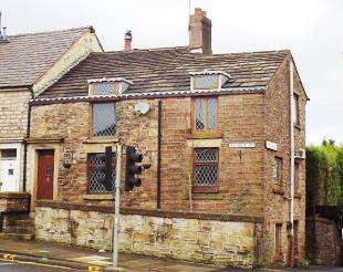 3 Bedrooms Terraced House for sale in Revidge Road, Blackburn, Lancashire, BB1