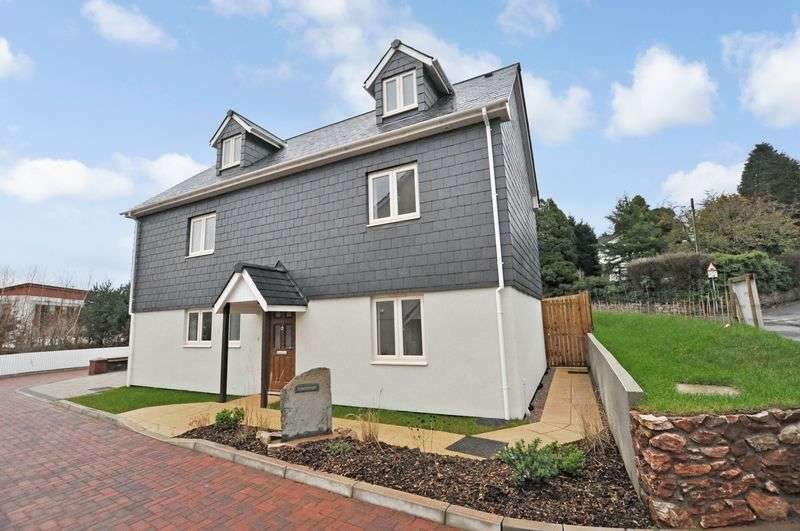 4 Bedrooms Detached House for sale in Edginswell, Torquay outskirts