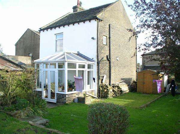 3 Bedrooms Detached House for sale in Nelson House, Nelson Street, Queensbury, Bradford