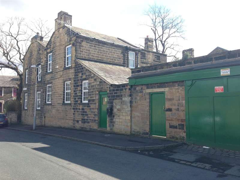 5 Bedrooms Link Detached House for sale in Springfield Road, Burnley