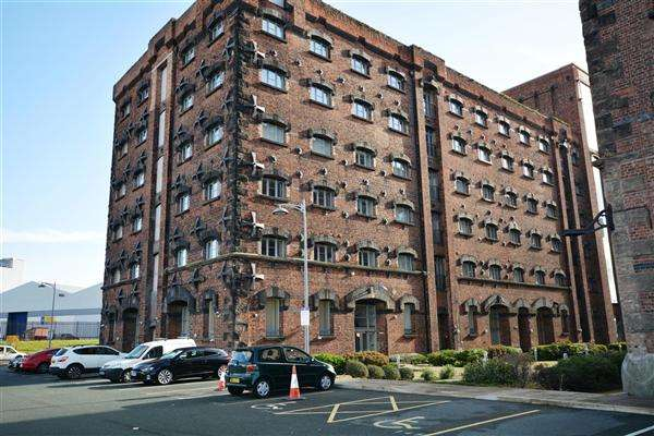 1 Bedroom Apartment Flat for sale in Apartment 140, East Float Quay, Dock Road, Birkenhead
