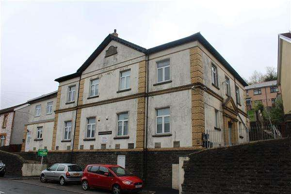1 Bedroom Apartment Flat for sale in Meadowhall Court, Senghenydd, Caerphilly