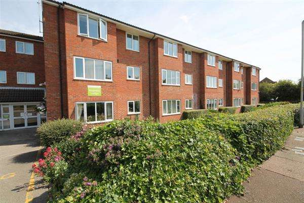 1 Bedroom Apartment Flat for sale in Regency Lodge, Elmden Court, Clacton on Sea