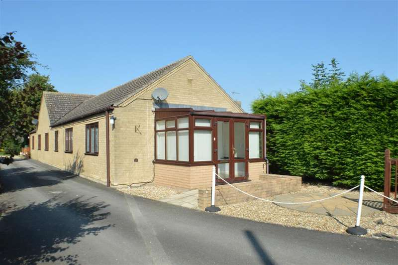 2 Bedrooms Bungalow for sale in Main Street, Ewerby
