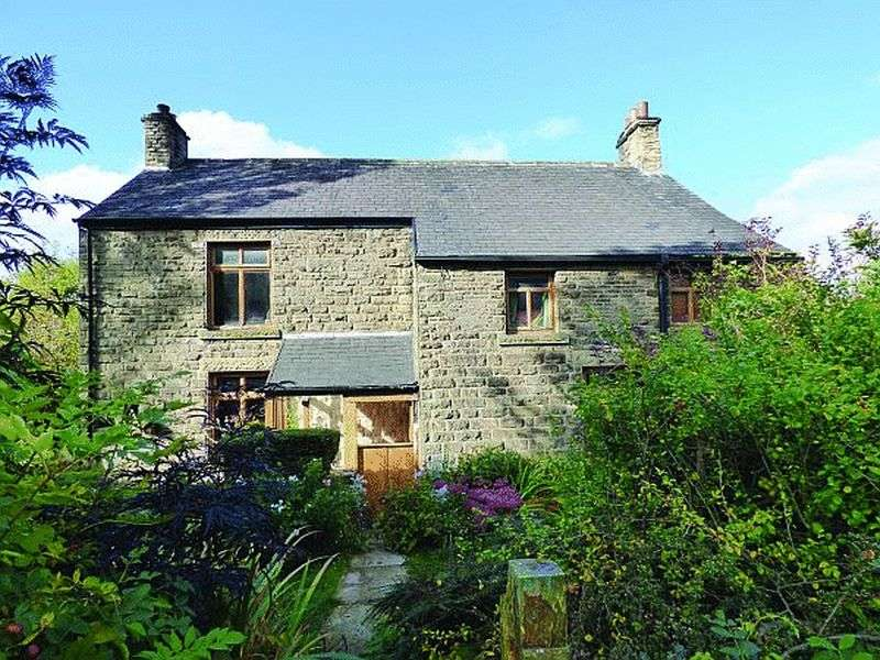 5 Bedrooms Detached House for sale in Brough, Bradwell, Hope Valley