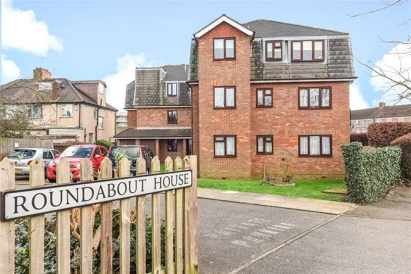 1 Bedroom Retirement Property for sale in Roundabout House, 34 Pinner Road, Northwood, Middlesex, HA6