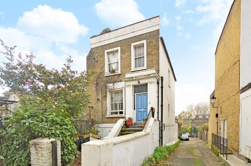 2 Bedrooms Flat for sale in Torriano Avenue, Kentish Town, NW5