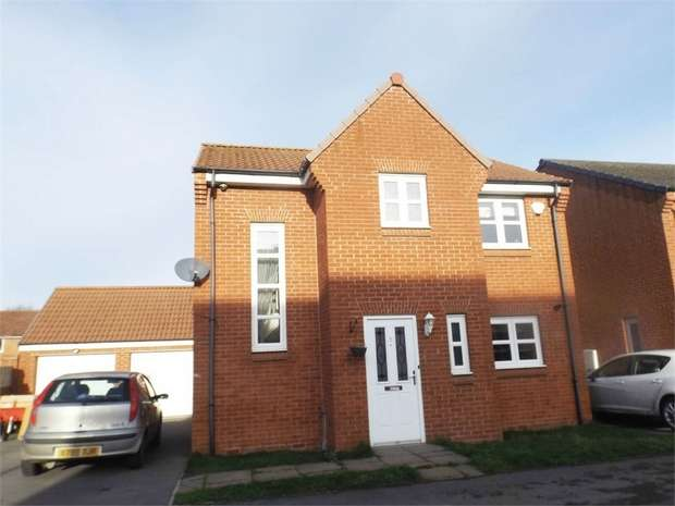 3 Bedrooms Detached House for sale in Skerne Way, Darlington, Durham