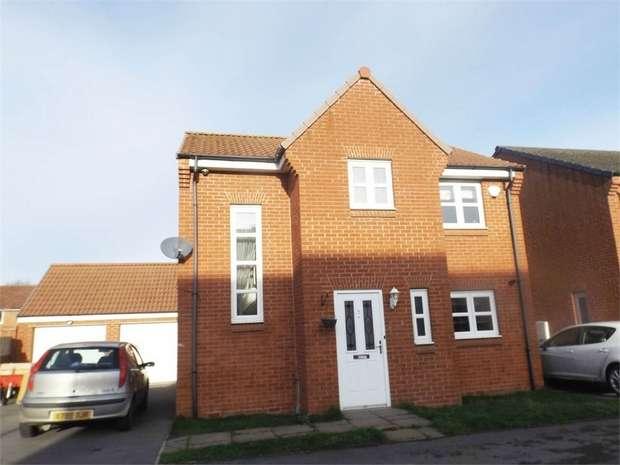 3 Bedrooms Detached House for sale in Skerne Way, Darlington, Durham