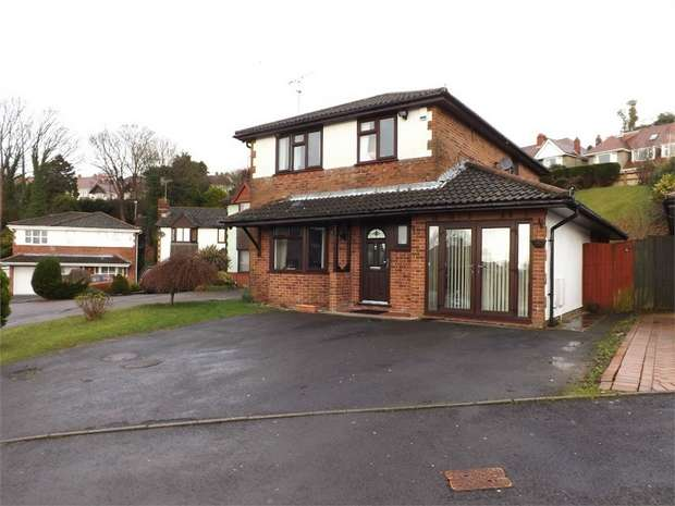 4 Bedrooms Detached House for sale in Newnham Crescent, Sketty, Swansea, West Glamorgan