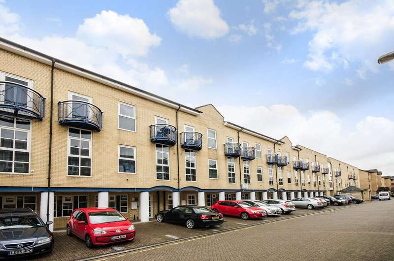 1 Bedroom Flat for sale in Quay View Apartments, Tower Hamlets, E14