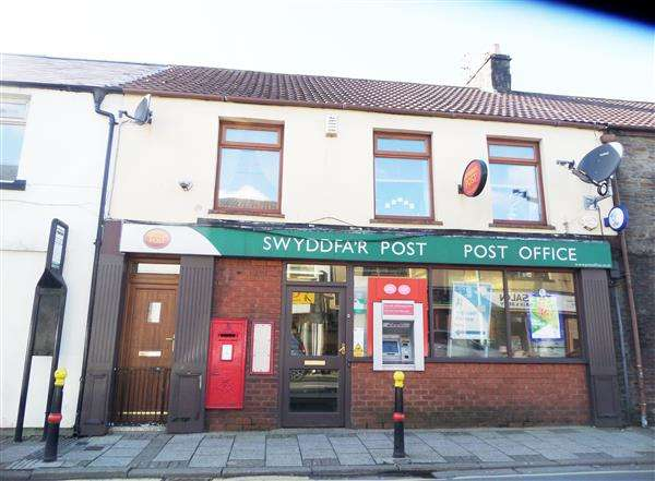 2 Bedrooms Commercial Property for sale in Tylacelyn Rd, Penygraig, Tonypandy