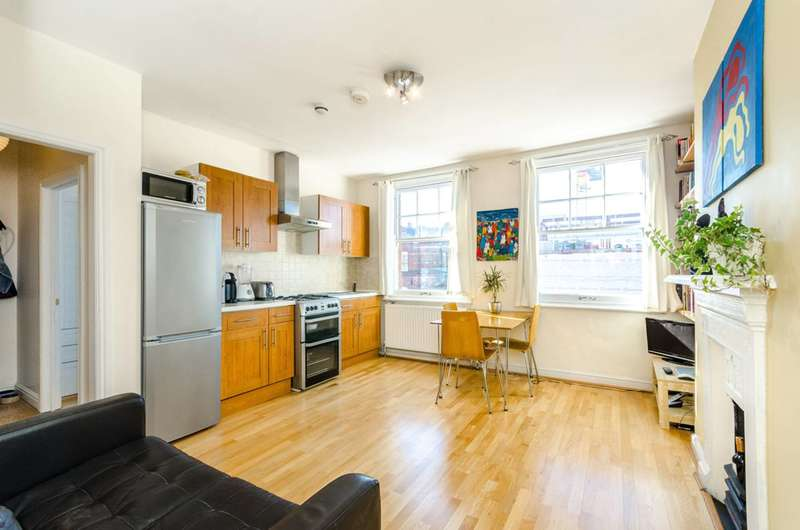 2 Bedrooms Flat for sale in Camden High St, Camden Town, NW1