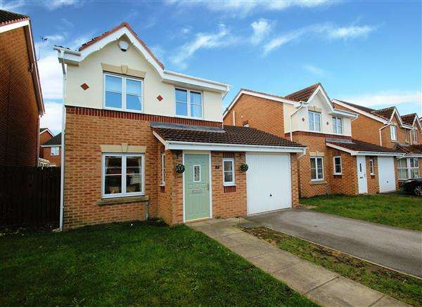 3 Bedrooms Detached House for sale in Rother Garth, South Elmsall