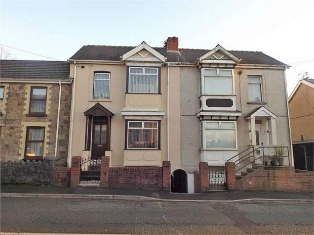 3 Bedrooms Terraced House for sale in High Street, Ammanford, Carmarthenshire
