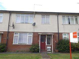 3 Bedrooms Terraced House for sale in Howbeck Walk, Crewe, Cheshire