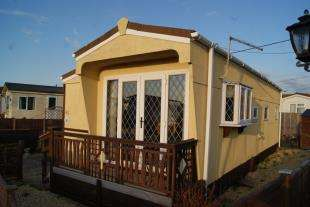 1 Bedroom Bungalow for sale in Naish Estate, New Milton, Hampshire