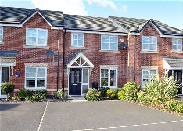3 Bedrooms Town House for sale in 64 Roseway Avenue, Cadishead M44 5GJ