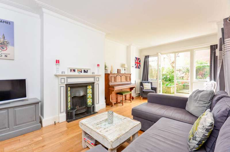 4 Bedrooms House for sale in Cloncurry Street, Bishop's Park, SW6