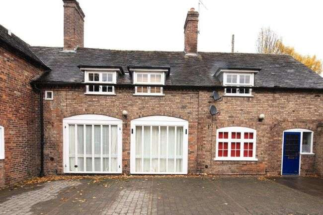 2 Bedrooms Flat for sale in Buildwas Road, Ironbridge