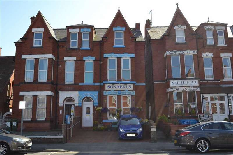 6 Bedrooms Property for sale in Trinity Road, Bridlington, East Riding Of Yorkshire, YO15