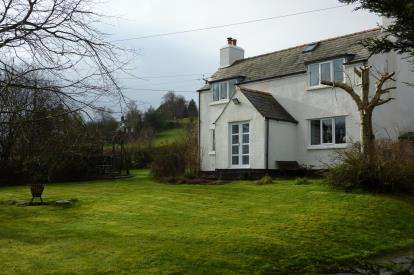 3 Bedrooms Detached House for sale in Llangernyw, Abergele, Conwy, LL22
