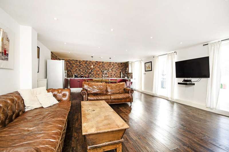 4 Bedrooms Mews House for sale in Quex Mews, West Hampstead, NW6