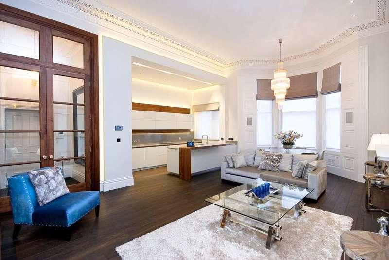 3 Bedrooms Apartment Flat for rent in De Vere Gardens, Kensington W8